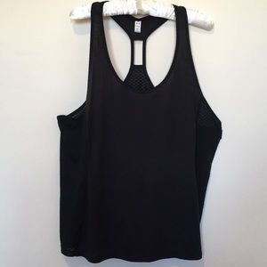 UNDER ARMOUR BLACK SIZE XL RACER BACK TANK
